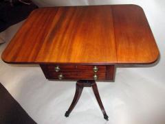 George III Period English Mahogany Drop Leaf Side Work Table - 874945