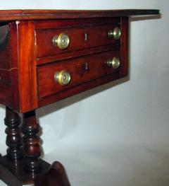 George III Period English Mahogany Drop Leaf Side Work Table - 874946