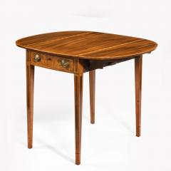 George III oval mahogany and king wood banded Pembroke table - 820539
