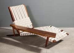 George Nakashima Long Chair with Single Free Form Arm by George Nakashima - 1052089