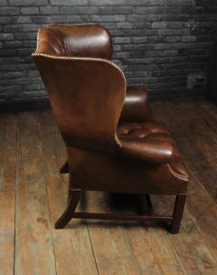 Georgian Style Brown Buttoned Leather Wing Chair - 2051505