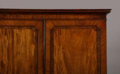 Georgian mahogany linen press - 1357652