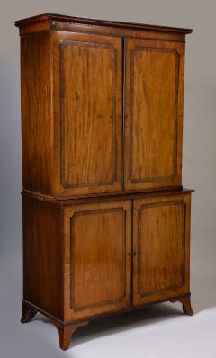 Georgian mahogany linen press - 1357653