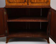 Georgian mahogany linen press - 1357657