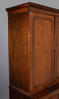 Georgian mahogany linen press - 1357659