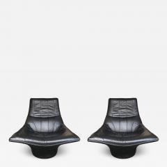 Gerard van den Berg Pair of Leather Lounge Armchairs by Gerard Van Den Berg Netherlands 1980s - 623758