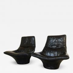 Gerard van den Berg Pair of Lounge Arm Chairs by Gerard van den Berg Model Mantis  - 1060633