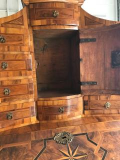 German baroque walnut and parquetry secretary - 1366139