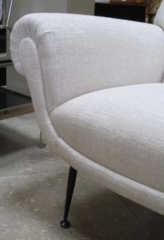 Gigi Radice A Stylish Pair Of Italian Club Chairs By Gigi Radice For Minotti    179795