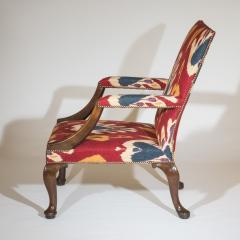 Giles Grendey English 18th Century Walnut Armchair in Ikat Fabric - 946627