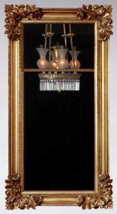 Gilt wood Pier Mirror with Elaborate Carved Corner Elements - 1228642