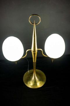 Gio Ponti Elegant Brass and Opaline Murano Glass Table Lamp Attributed to Gio Ponti - 1561703