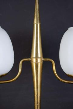 Gio Ponti Elegant Brass and Opaline Murano Glass Table Lamp Attributed to Gio Ponti - 1561712