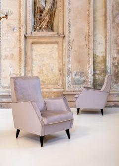 Gio Ponti Elegant Pair of Italian Armchairs - 1572930