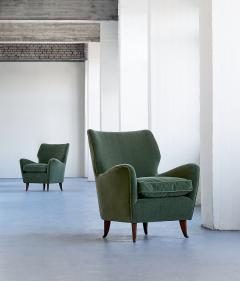 Gio Ponti Gio Ponti Pair of Armchairs in Olive Green Velvet and Walnut Italy 1949 - 1076431