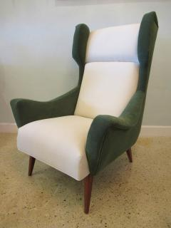 Gio Ponti Italian Modern Upholstered Wing Chair   516269