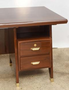 Gio Ponti Italian Modern Walnut and Brass Executive Desk Gio Ponti - 389566