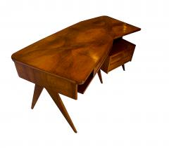 Gio Ponti Italian Modern Walnut and Rootwood Desk attributed to Gio Ponti - 1177855