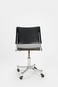 Giroflex office chair with leather 60s - 1856689