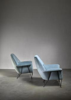Giulia Veronesi Pair of I S A Bergamo lounge chairs Italy 1950s - 1060148