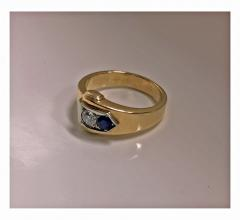 Gold Sapphire and Diamond Ring 20th century - 1166277