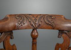 Good and Rare George III Carved Walnut Corner Armchair - 1233778