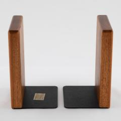 Gordon Jane Martz 1960s ceramic and walnut bookends by Gordon and Jane Martz for Marshall Studios - 1075577