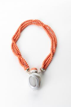 Gray Agate Snuff Bottle Pendant On A Three Strand Coral Bead Necklace - 1710713