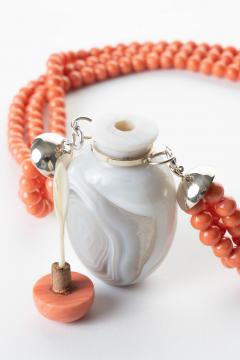 Gray Agate Snuff Bottle Pendant On A Three Strand Coral Bead Necklace - 1710714