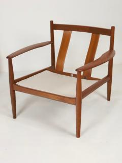 Grete Jalk Pair of Scandinavian Modern Armchairs Designed by Grete Jalk - 2014326