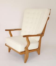 Guillerme et Chambron Pair of French Oak Grand Repos Lounge Chairs Guillerme et Chambron Votre Maison - 1308420