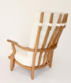 Guillerme et Chambron Pair of French Oak Grand Repos Lounge Chairs Guillerme et Chambron Votre Maison - 1308425