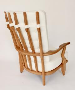 Guillerme et Chambron Pair of French Oak Grand Repos Lounge Chairs Guillerme et Chambron Votre Maison - 1308427