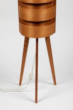 Hans Agne Jakobsson Pair of 1960s Hans Agne Jakobsson Wood Tripod Floor Lamps for AB Ellysett - 1181380