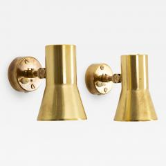 Hans Agne Jakobsson Pair of Swedish Brass Wall Lamps Model V 239 by Hans Agne Jakobsson - 1291704