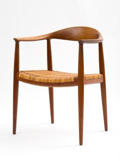 Hans J Wegner Hans J Wegner Round Chair in Teak with Cane Seat - 392973