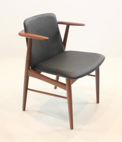 Hans Olsen Pair of Rare Scandinavian Modern Armchairs Designed by Hans Olsen - 1445256