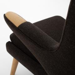 Hans Wegner AP 19 Papa Bear chair in brown wool - 952547