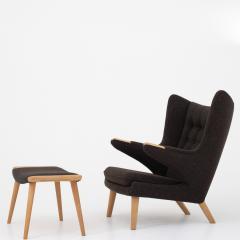 Hans Wegner AP 19 Papa Bear chair in brown wool - 952548
