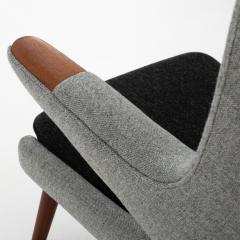 Hans Wegner AP 19 Papa Bear chair in grey wool - 952535