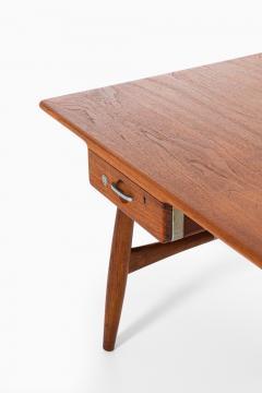 Hans Wegner Desk Model JH 571 Produced by Johannes Hansen - 1888618