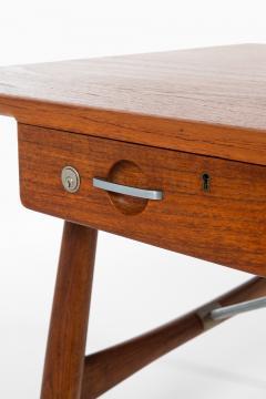Hans Wegner Desk Model JH 571 Produced by Johannes Hansen - 1888620