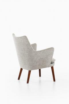 Hans Wegner Easy Chairs Model AP20 Produced by A P Stolen - 1988388