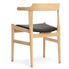 Hans Wegner Elbow Chair By Hans J Wegner   614458