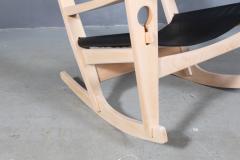 Hans Wegner Hans J Wegner Keyhole rocking chair model GE 673 newly upholstered - 2014188