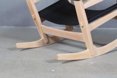 Hans Wegner Hans J Wegner Keyhole rocking chair model GE 673 newly upholstered - 2014201