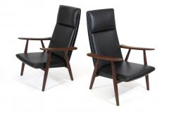 Hans Wegner Hans Wegner 260 High back Lounge Chairs in New Black Leather a Pair - 1223448