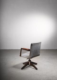 Hans Wegner Hans Wegner Oak office chair Plan M bler Denmark 1940s - 2066523