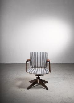 Hans Wegner Hans Wegner Oak office chair Plan M bler Denmark 1940s - 2066524
