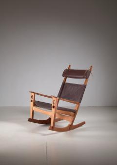 Hans Wegner Hans Wegner key hole rocking chair in original brown leather - 950028